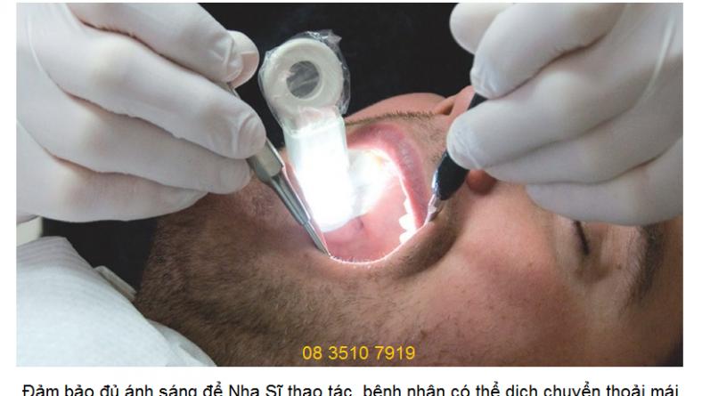 Đèn đa năng trong miệng OraLight