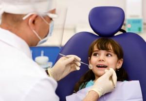 kid_smile_dentist